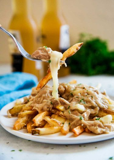 The-Ultimate-Chicken-Poutine3