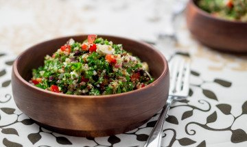 greek-quinoa-tabouleh-salad-recipe