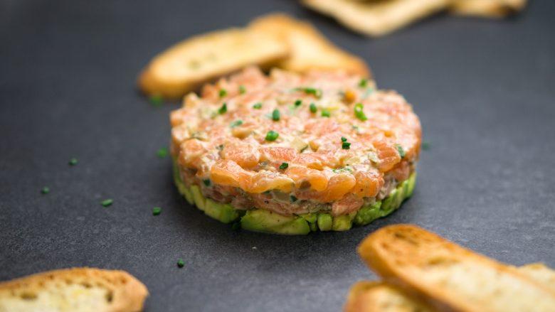 recipe-salmon-tartare-with-avocado