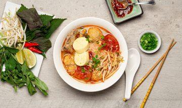 vietnamese-crab-noodle-soup-bun-rieu-recipe-chichilicious