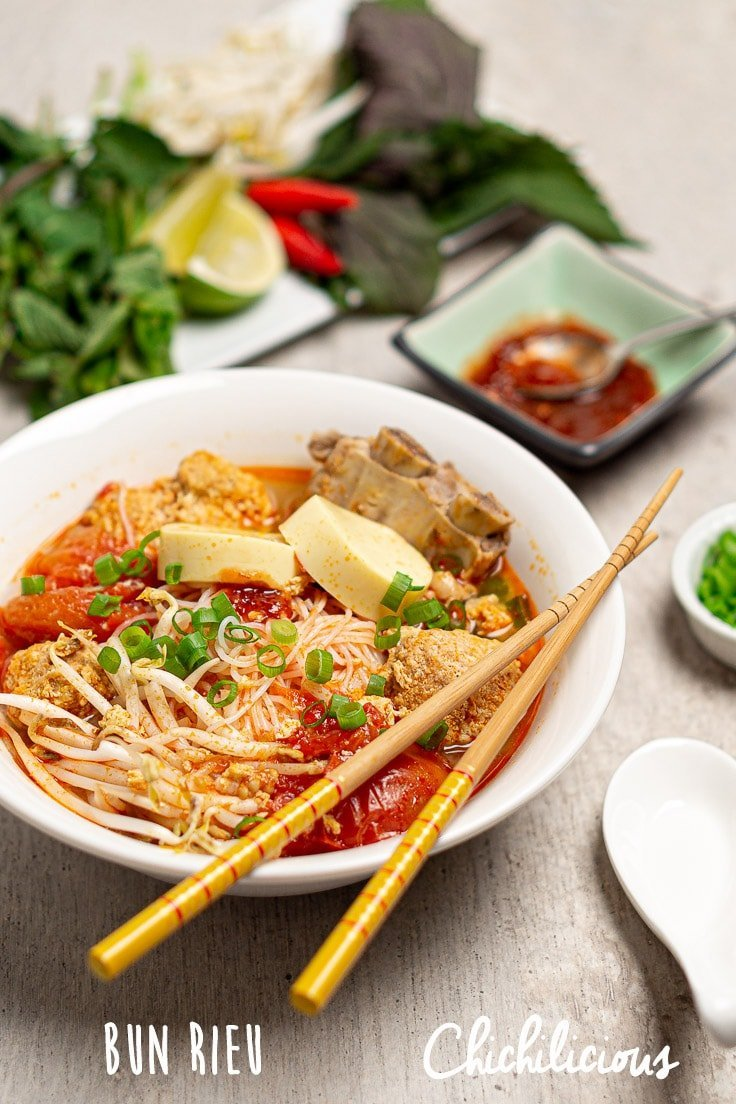 vietnamese-crab-noodle-soup-bun-rieu-recipe-chichilicious-pinterest